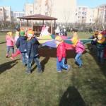Pramogos su gaideliu (priešmokyklinio ugdymo pedagogė Vida Vaišnorienė)