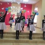 """Telšių Conmusica mokyklėlės popchoras """"Vaikystė"""" (mokytojos Kristina Bagdonienė ir Inga Dokšienė)"""