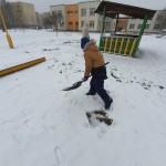 Kai daug sniego, tenka pasidarbuoti.