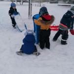Vežėme sniego daug ir sunkiai.