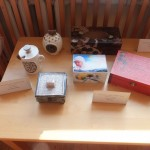 Beno mamos Inetos Šypalės keramikos dirbiniai ir Dovydo mamos Evelinos Leišienės dekupažo darbai