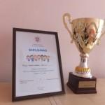Pereinamoji taurė ir diplomas
