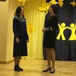 Dainuoja mokytojos Diana Šeduikienė ir Valdonė Juozapavičienė