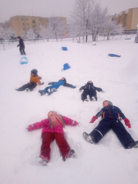Bet smagiausia kartu pramogauti ant sniego!