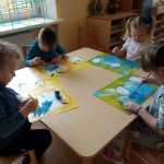 Lašiukus gamino visi darželio vaikai.